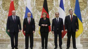 Alexander Lukashenko, Vladimir Putin, Angela Merkel,  Francois Hollande ja  Petro Porošenko.