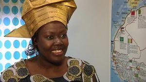 Vuoden pakolaisnainen 2015 on eteläsudanilainen Theresa Ngouth.