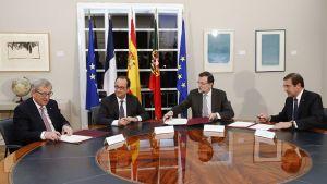 EU-komission puheenjohtaja Jean Claude Juncker (vas.),Rranskan presidentti Francois Hollande, Espanjan pääministeri Mariano Rajoy sekä Portugalin pääministeri Pedro Passos Coelho tapasivat Madridissa 4. maaliskuuta 2015.
