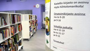 Oulussa useat kirjastot toimivat osin tai kokonaan omatoimikirjastoina.