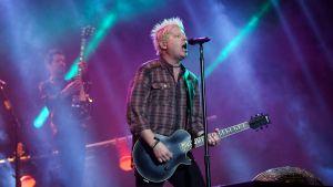 The Offspring -yhtye esiintymässä Orange Warsaw -festivaalilla Varsovassa, Puolassa, toukokuussa 2013.