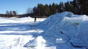Jääkasoja saaren edustalla.