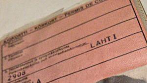 Pahvisia ajokortteja on liikkeellä vielä satoja tuhansia.