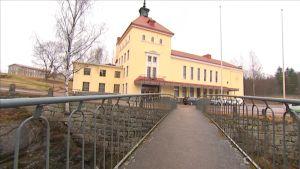 Ilveslinna Jämsänkoskella on saanut uuden omistajan.