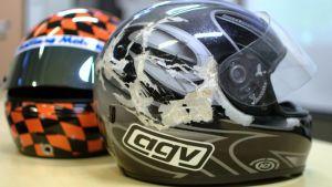 Viime kädessä kypärä suojaa parhaiten uhria onnettomuustilanteissa