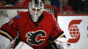 Calgary Flamesin maalivahti Karri Rämö.