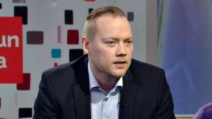Lauri Mäkinen.
