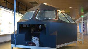 Kuvassa Furubackan  simulaattori, osa ohjaamoa.