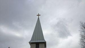 Vaalan kirkon torni.