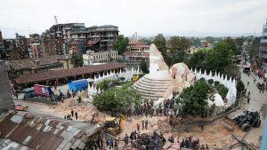Maanjäristyksessä romahtaneen Dharahara-tornin rauniot Kathmandussa.
