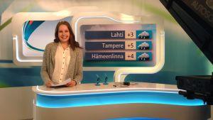 Kia Katjos lukee Takahuhdin koulun Uutisluokan uutisia