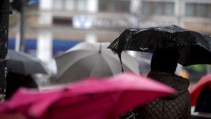 Sateenvarjoja