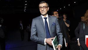 Toimitusjohtaja Rajeev Suri Nokian vuosikokouksessa Helsingissä 5. toukokuuta.