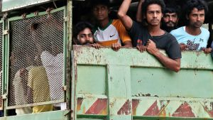Myanmarin rohingya-heimon jäseniä ja bangladeshilaisia kuvattuna Langkawin saarella