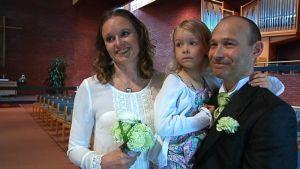 Tanja Salmi ja Tommi Hopearuoho menossa naimisiin