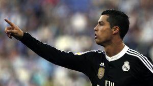 Cristiano Ronaldo tuulettaa.