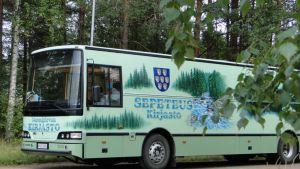 Sepeteus kirjastoauto