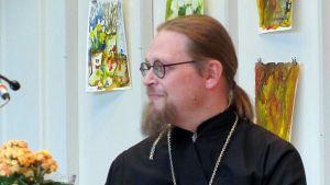 Joensuun uusi kirkkoherra Tuomas Järvelin.
