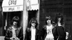The Ramones kuvattuna New Yorkissa 1975.