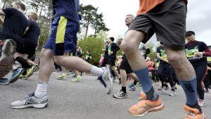 Juoksijoita Helsinki City Run 2015 puolimaratonilla Helsingissä.