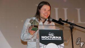 Ohjaaja Joonas Makkonen Madridin Nocturna-elokuvajuhlinen palkintojenjaossa.