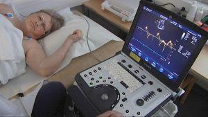 Naisen sydämen toimintaa tutkitaan tietokoneen avulla
