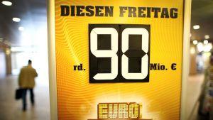 Eurojackpotpelin mainos.