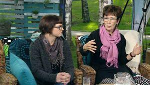 Anni-Maija Blomqvist ja Eeva-Leena Onnismaa