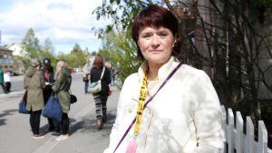 Kulttuurisihteerinä 80-luvulla toiminutta Marja Martikaista voi hyvällä syyllä kutsua Sodankylän elokuvajuhlien äidiksi.
