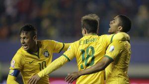 Neymar, Brasilia juhlii