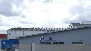 Loimi-Hämeen jätehuolto asennutti ensimmäiset suuret paneelit kesällä 2014