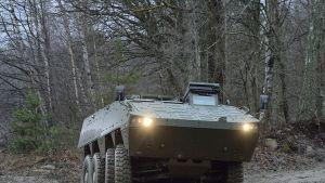 Patrian AMV-miehistövaunu.