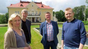 Kati Raitinen, Lars Gerdt, Olli Kilpiö ja Mikko Ivars.