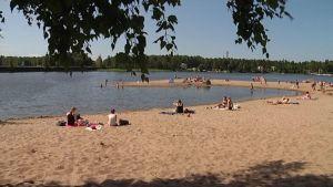Uimaranta kutsuu heti, kun sää lämpenee.