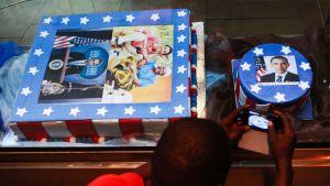 Obaman tulemisen kunniaksi leivottiin Nairobissa kakkujakin.