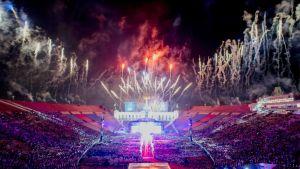 Ilotulitus Special Olympics -maailmankisojen avajaisissa.