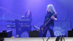 Nightwishin Tuomas Holopainen (vas.) ja Emppu Vuorinen.