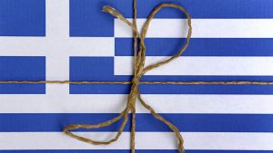 "Kreikan lippu ""paketoituna""."