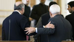 Laurent Fabius ja Javad Zarif tapaavat Teheranissa.