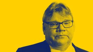 Ulkoministeri ja puolueen puheejohtaja Timo Soini, ps.