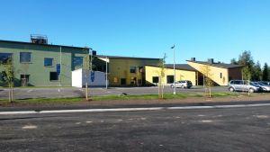 Isokylän monitoimitalo Kokkolassa koostuu yhdeksästä rakennuksesta.
