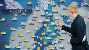 Meteorologi ennustaa päivän säätä 13. elokuuta 2015.