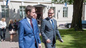 Pääministerit Taavi Rõivas ja Juha Sipilä tapasivat Tallinnassa 9. kesäkuuta 2015.