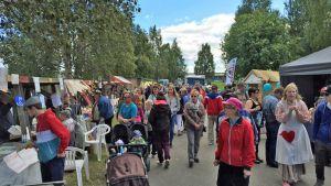 Wanhat markkinat Rovaniemi jätkänpuisto