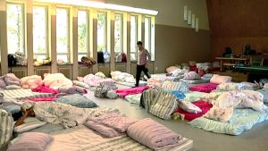 Nykyiset vastaanottokeskukset ovat täyttyneet ääriään myöten täyteen Euroopan pakolaisvyöryn takia.