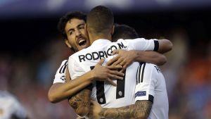 Valencian pelaajat juhlivat maalia