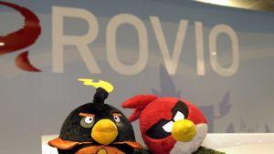 Peliyhtiö Rovion Angry Birds -hahmoja.