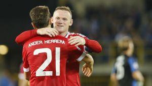 Ander Herrera ja Wayne Rooney