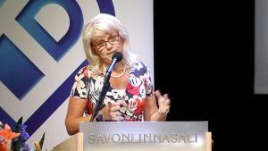 Päivi Räsänen puhuu kristillisdemokraattien puoluekokouksessa Savonlinnassa.