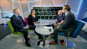 Aller Median toimitusjohtaja Pauli Aalto-Setälä, mediatutkija Lilly Korpiola ja sosiaalisen median toimittaja Sami Koivisto Ylen Aamu-tv:ssä.